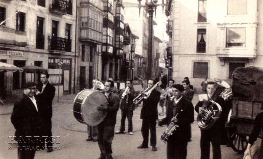 Sta. Cecilia 2012. Homenaje a Tomás Negro. (4/6)