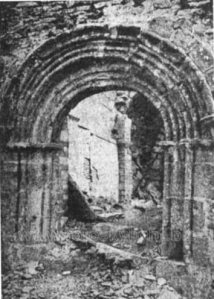 La ermita destruída durante la Guerra Civil.