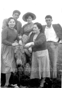 Balmasedanos de romería. Años 50