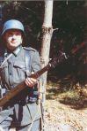 Pikizu caracterizado de soldado alemán